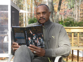 tommie_smith_book.jpg